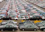 Продажи автомобилей стремительно падают