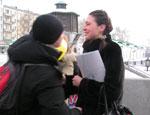 В Екатеринбурге в канун Женского дня уральцев учат правильно обращаться с женщинами (ФОТО, ВИДЕО)
