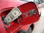 """В России снижаются цены на бензин, Дальний Восток """"отдыхает"""""""