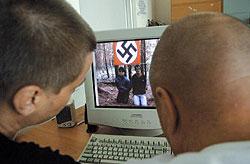 Число экстремистских преступлений в России выросло на 19%