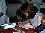 Челябинские подростки жалуются на комендантский час, а взрослые - на платное образование