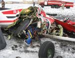 Под Челябинском разбился частный самолет, 8 человек погибли (ФОТО) / На борту находились 1 пилот, 1 инструктор и 6 парашютистов