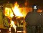 На трассе М-5 под Златоустом загорелся грузовик, перевозивший 20 тонн портвейна