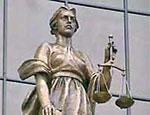 Скрынник отказался признавать предъявленное обвинение и попросил суд рассмотреть его дело в обычном порядке / Подсудимый: мы так не договаривались