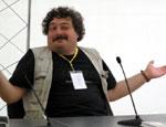 Писатель Быков присматривает на юге Крыма квартиру поскромнее / Не хочет проблем с недвижимостью, как у Заворотнюк или Лебедева...