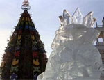 Южноуральцы крушат снежные городки / Особенно достается Деду Морозу и Снегурочке