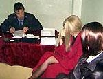 На Южном Урале несовершеннолетние подруги разыграли костюмированное ограбление
