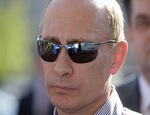 """В Челябинске прошел пикет """"Путин. Итоги"""" / Участники выступили с лозунгом """"Меняю Путина на Ходорковского"""""""