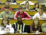 Студенты ликвидированного челябинского филиала академии права и управления пытались через суд добиться компенсации морального вреда / Не получилось