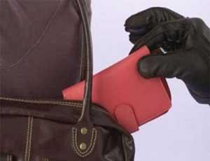 В Златоусте будут судить автобусного карманника / Задержать вора помогла бдительная жительница