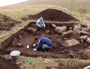В Башкирии по гвоздику, косточке и пояску опознали могилу Ермака / Челябинские археологи собираются опровергнуть легенду