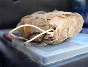 """Осеннее обострение: житель Челябинска убежал из магазина с криком: """"Бомба!"""", предварительно оставив пакет в камере хранения"""