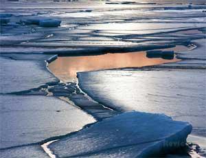 На южноуральских водоемах погибли 2 человека / Они провалились под тонкий лед