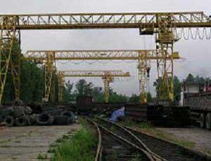 На южноуральском предприятии мостовой кран раздавил рабочую