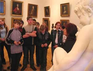 На Южном Урале планируют провести образовательный эксперимент / Уроки истории предлагают проводить в музеях