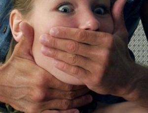 """""""Есть женщины в русских селеньях..."""" / В Кусе таксистка отбилась от грабителя"""