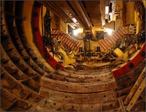 Челябинцы собирают подписи для возобновления строительства метро