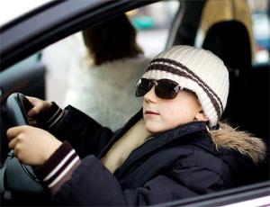 120 южноуральских старшеклассников бесплатно научат водить машину / Но права не дадут