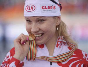 7 медаль / Челябинская конькобежка Ольга Фаткулина завоевала олимпийское серебро в беге на 500 метров