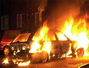 В центре Челябинска сгорел патрульный полицейский автомобиль