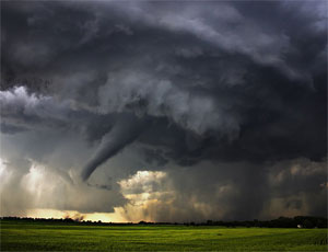В Чесменском районе восстановление после разбушевавшегося урагана продлится до завтрашнего вечера (ФОТО) / По югу Челябинской области пронесся смерч (ВИДЕО)