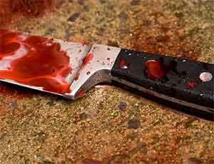 Житель Озерска, не желая стоять в очереди, напал с ножом на покупателя