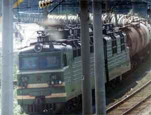 Под Златоустом с рельсов сошли 30 вагонов с углем / Движение на перегоне Хребет-Уржумка приостановлено