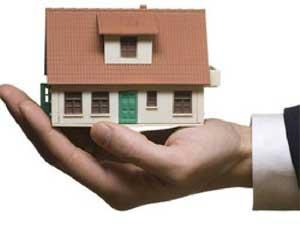 Кыштымская пенсионерка не может продать дом из-за разгильдяйства чиновников / В жилище оказалась зарегистрирована обитательница снесенного 20 лет назад дома