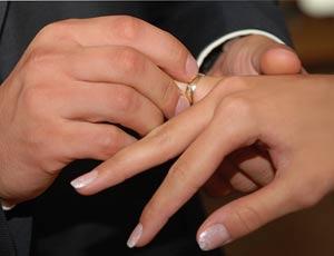 Жених и невеста ограбили ювелирный салон в Челябинске