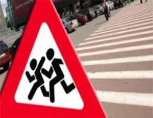 Маршрутка в Челябинске сбила школьницу на зебре / Еще двое детей пострадали от водителей легковушек