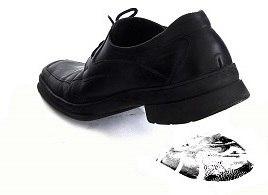 Челябинский метеорит увековечили в школьной обуви