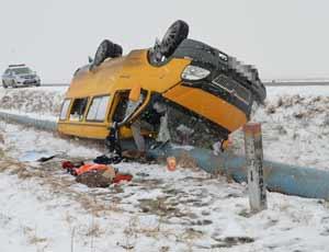 На трассе в Башкирии перевернулся микроавтобус из Магнитогорска / Пострадали 8 человек