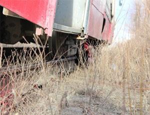 Житель Челябинска бросился под трамвай (ФОТО) / И погиб
