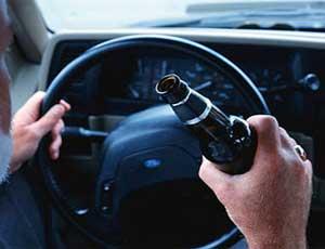 В Магнитогорске пьяный водитель на иномарке врезался в полицейский автомобиль