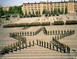 В Челябинске затягивается передача зданий автомобильного училища муниципалитету / Минобороны РФ прекратило переговоры с чиновниками