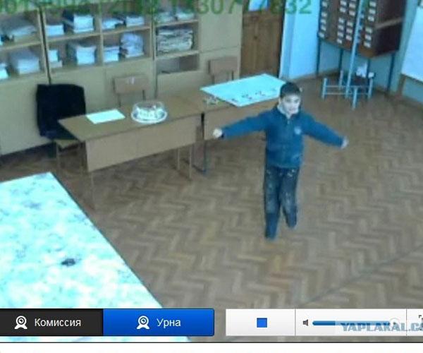Видео с избирательных участков стало настоящим развлечением для россиян (ФОТО)