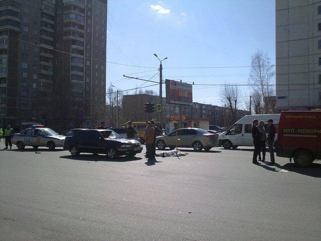 В Челябинске сбиты трое человек, переходивших дорогу на зеленый свет (ФОТО)