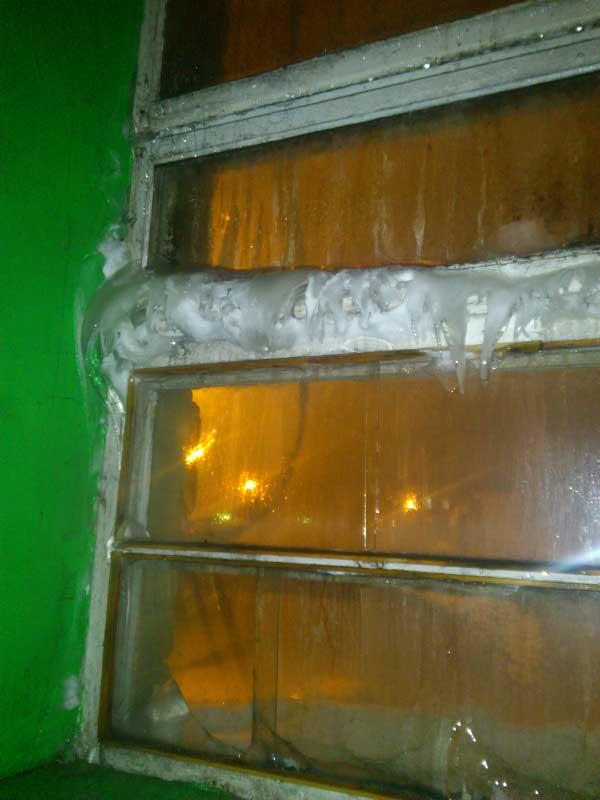 Жильцам одного из домов Челябинска приходится принудительно проходить банные процедуры (ФОТО)