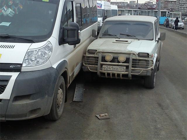 В Челябинске произошло еще одно нападение на маршрутку (ФОТО)