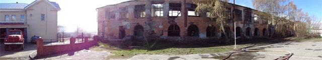В Миассе сгорело историческое здание рядом с пожарной частью