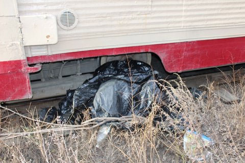 Житель Челябинска бросился под трамвай (ФОТО)