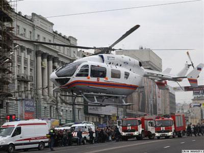 Московское метро взорвали с помощью гексогена (ФОТО, ВИДЕО) / Милиция ищет женщин славянской внешности, сопровождавших террористок-смертниц